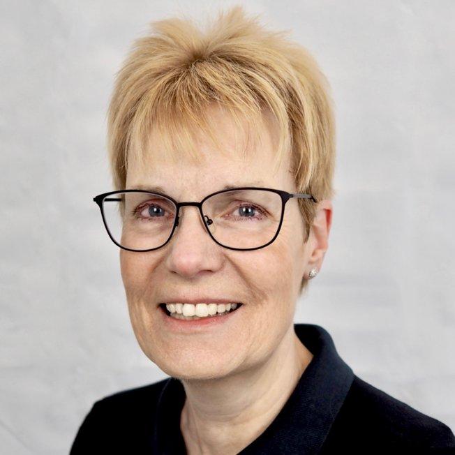 Frau Lienau